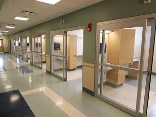 Sliding-ICU-door-3
