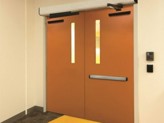 Surface-mounted-door-operators-3