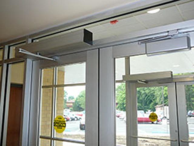 TTX 1102 Swing Doors