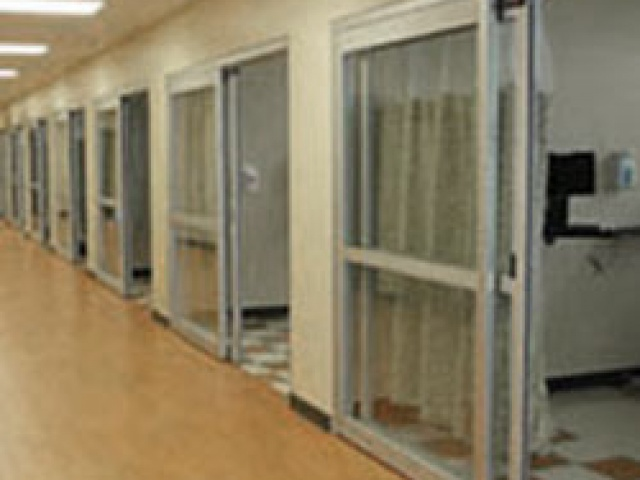 TX9600 Manual ICU Doors